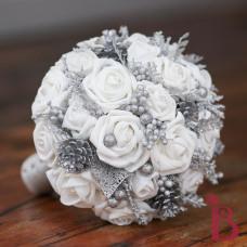 winter wonderland white and silver wedding bouquet holiday wedding