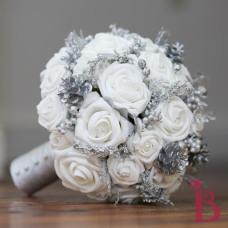 winter wedding bouquet winter wonderland wedding theme ideas