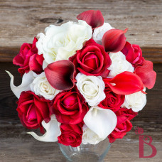 red and cream holiday bouquet valentines day christmas wedding bouquet