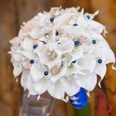 real feel calla lily wedding bouquet artificial flowers and seashells and royal blue pearls and star fish