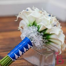 wedding bouquet with crystals under around handle