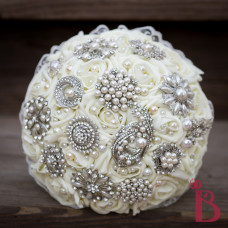 brooch wedding bouquet with pearls broach ivory cream roses silk flower