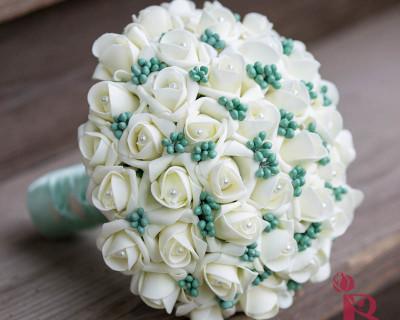ivory mint green berry wedding bouquet