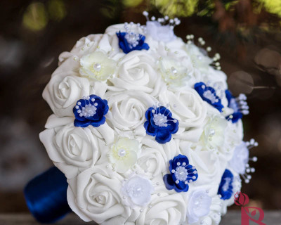 royal blue yellow wedding boquuet bouquet pearl flowers