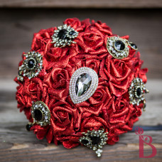 blood red black lace wedding bouquet fake roses glitter vampire bride inspired