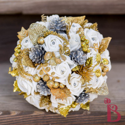 gold glitter silver wedding bouquet pine cones